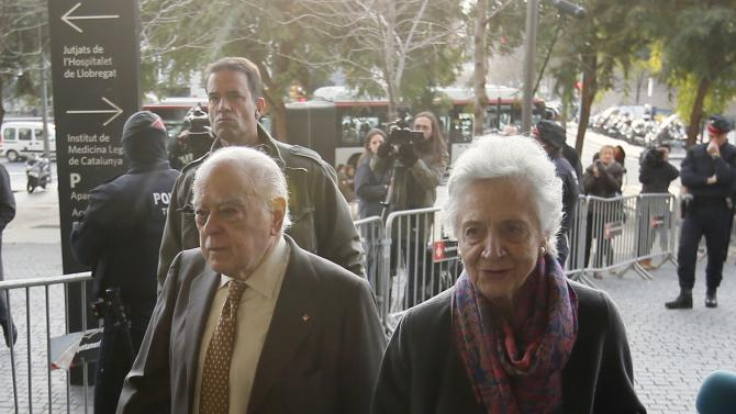 Catalonia's former president Pujol arrives to testify at a court with his wife Marta Ferrusola in Barcelona