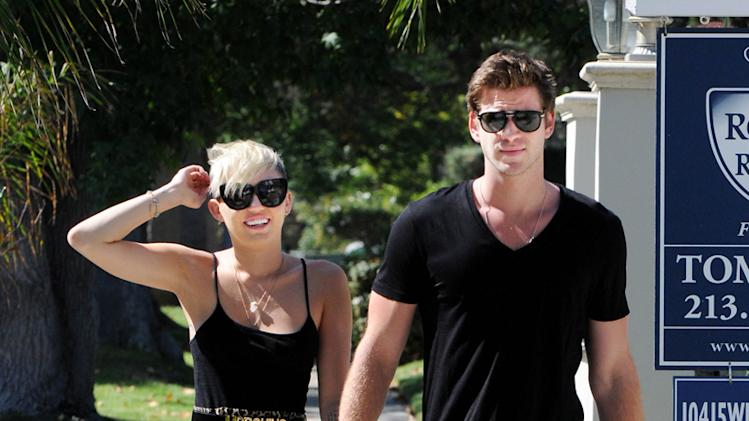 Miley Cyrus,Liam Hemsworth
