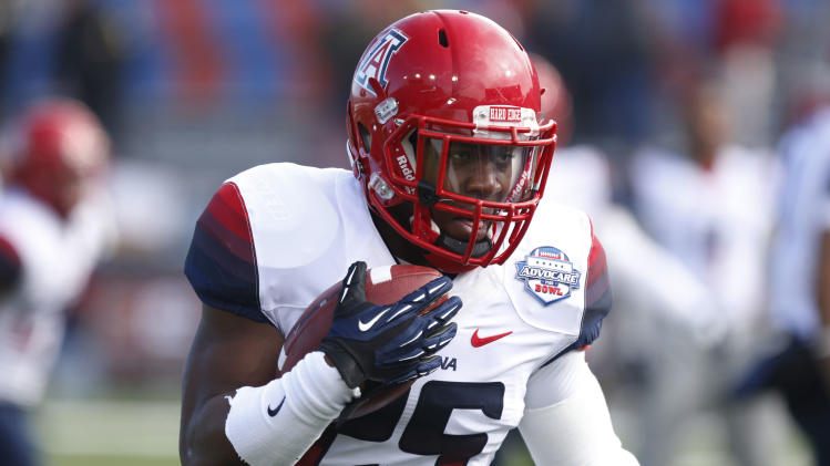 Arizona cruises past Boston College 42-19