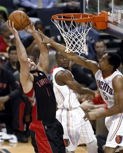 Bobcats top Raptors 107-103