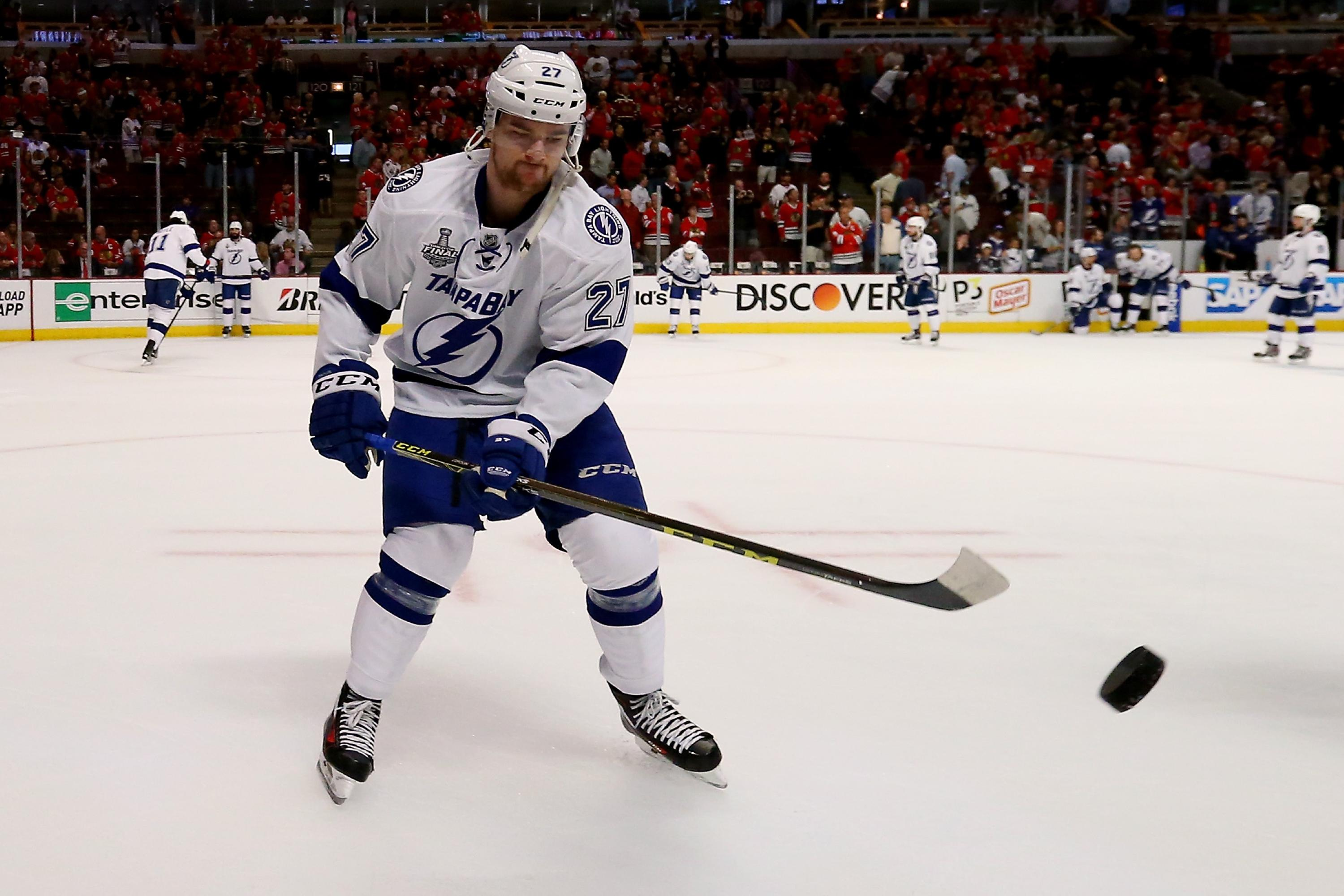 Jonathan Drouin has bargain potential in Monday's Daily Hockey slate