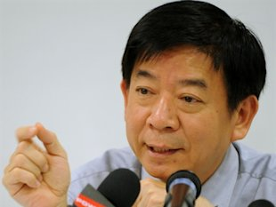 National Development Minister Khaw Boon Wan carries over the blogging tradition set during his stint as Health Minister. (AFP)