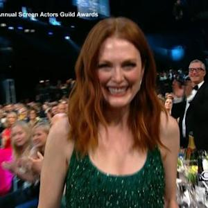 Julianne Moore scores 2015 SAG Award