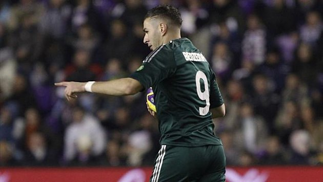 Real Madrid's French forward Karim Benzema celebrates after scoring during the Spanish league football match Real Valladolid CF vs Real Madrid CF at Jose Zorilla stadium in Valladolid on December 8, 2012.