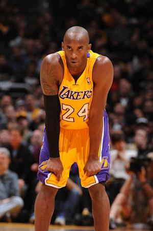 Kobe still winless after Suns beat Lakers 114-108