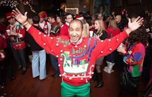 4 Tips to Turn Your Holiday Party From Drab to Fab on a Budget