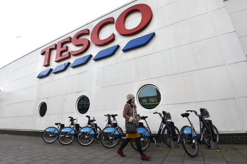 FRC to investigate Tesco accounts and auditor PwC