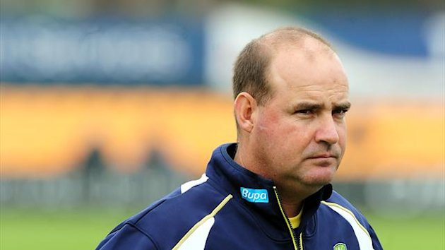 Mickey Arthur retains belief that Australia can beat India on their own soil
