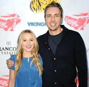 "Kristen Bell Tweets About Baby Girl Lincoln, Compares Daughter to a ""Pre-Sobriety"" Dax Shepard"