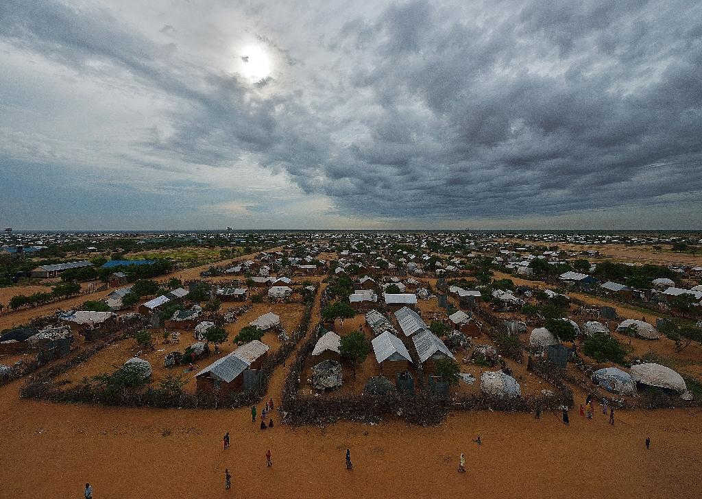 Aid workers evacuated from Somali refugee camp in Kenya