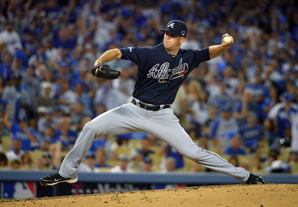 Atlanta Braves relief pitcher Alex Wood throws in the third inning of Game 3 of the National League division baseball series against the Los Angeles Dodgers, Sunday, Oct. 6, 2013, in Los Angeles. (AP Photo/Mark J. Terrill)