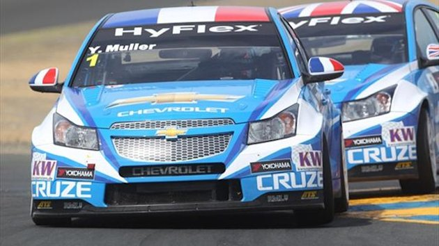 Yvan Muller for Chevrolet won the first WTCC race in the US with victory in Sonoma.