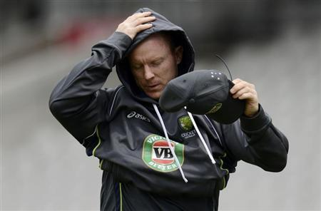 Australia's Chris Rogers attends a training session before Thursday's third Ashes cricket test match against England in Manchester