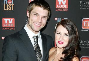 Liam McIntyre and Erin Hasan  | Photo Credits: Paul Archuleta/FilmMagic