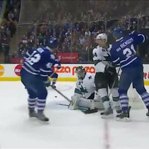 Bozak sets up a nice Phil Kessel one-timer