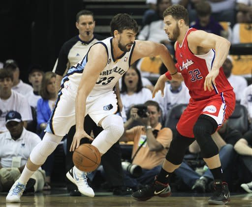 Clippers advance with 82-72 win over Grizzlies