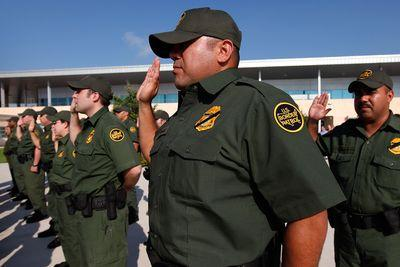 Are Border Patrol agents threatening to go rogue?