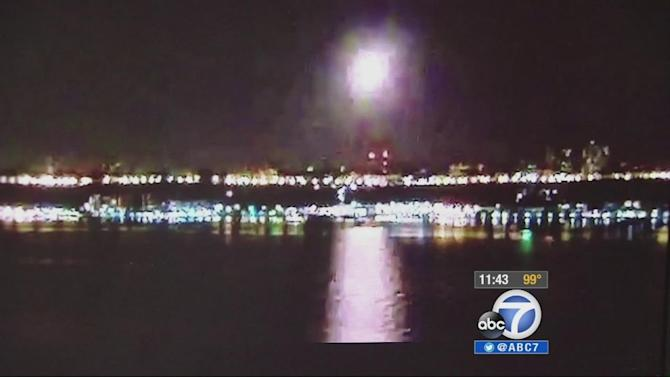 Passing meteor wows Eastern Seaboard Sunday night