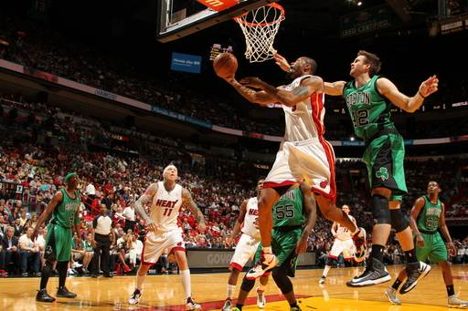 Heat roll again, top Celtics 109-101