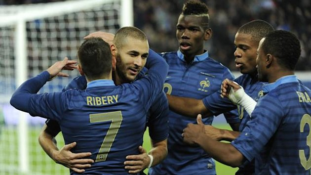 FOOTBALL 2013 France-Australie (Benzema)