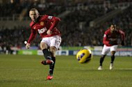 Wayne Rooney scored Manchester United&#39;s second goal of the game from the penalty spot
