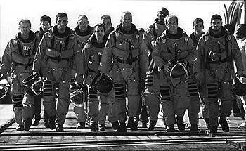 Owen Wilson , Anthony Guidera , Ben Affleck , Greg Collins , Steve Buscemi , Ken Campbell , Bruce Willis , Michael Clarke Duncan , Will Patton , Grayson McCouch and Clark Brolly in Touchstone's Armageddon