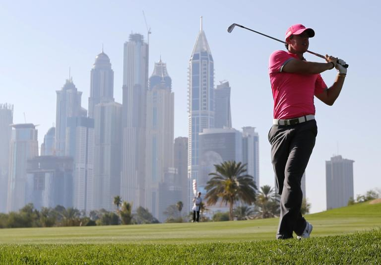Magic McIlroy seizes Dubai lead with late flourish