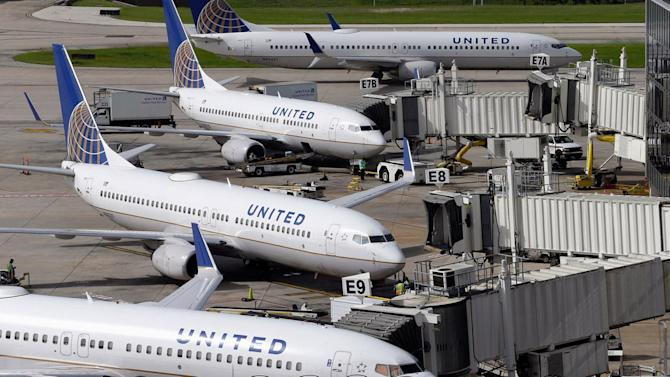 United Airlines ground stop lifted following 'IT issue'