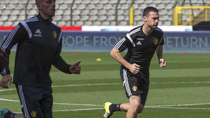 Belgium's soccer player Thomas Vermaelen runs during a training session at the King Baudouin stadium in Brussels