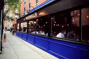 Maxwell's Honors Hoboken Guests Before Last Call