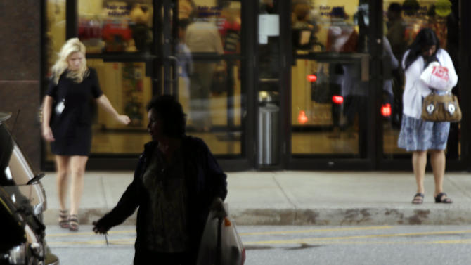US consumer spending rose 0.8 percent in September
