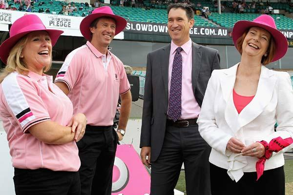 SYDNEY, AUSTRALIA - JANUARY 05:  (L - R) Tracy Bevan Mcgrath Foundation Ambassador, Glenn McGrath, James Sutherland Cricket Australia CEO and Australian Prime Minister Julia Gillard (C) and Glenn McGr