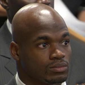 NFL NOW: Adrian Peterson still hopes to return in 2014