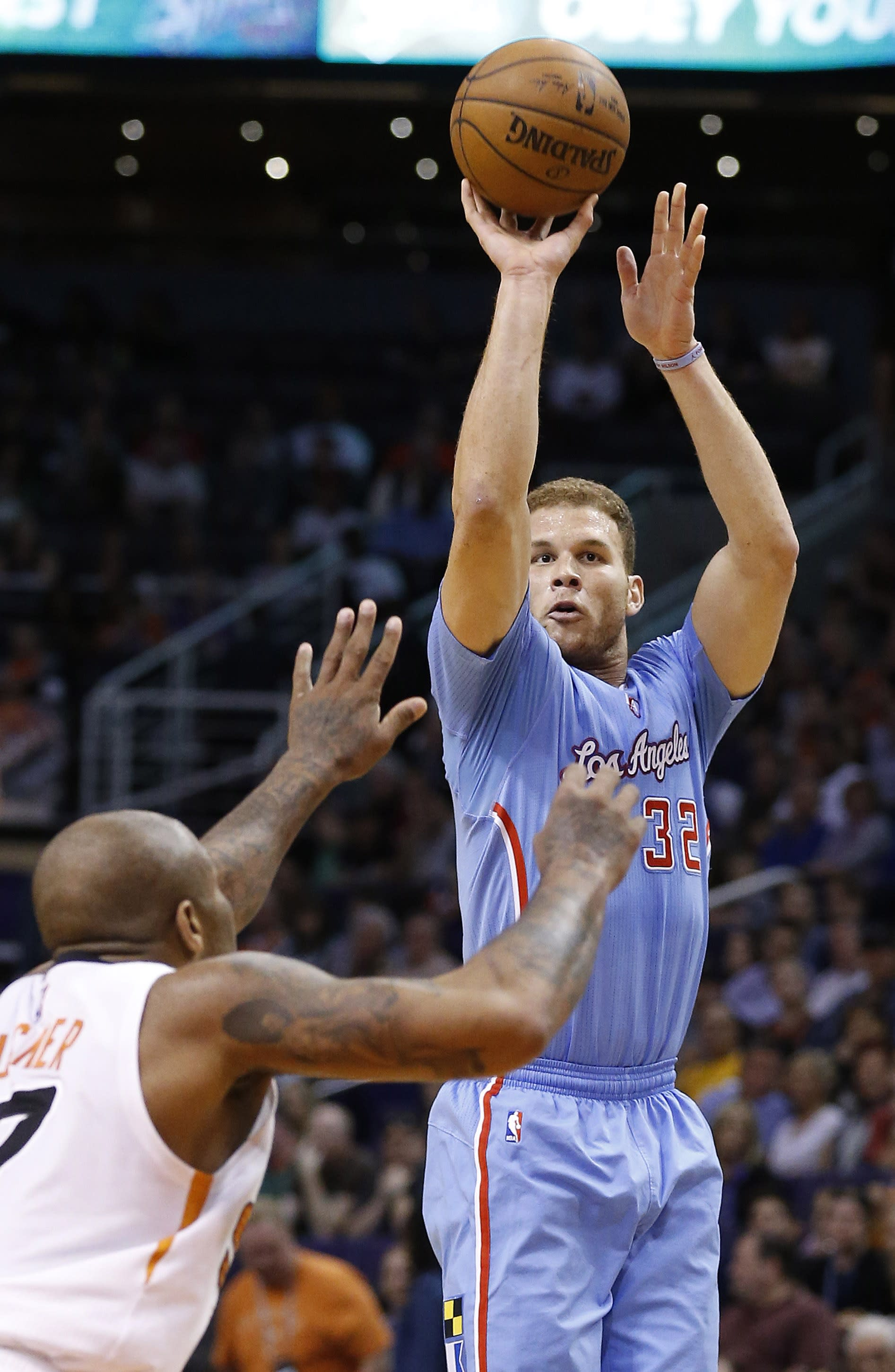 Griffin, Paul lead Clippers to 120-100 win over Suns