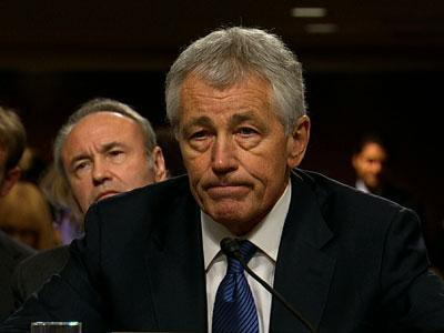 McCain, Hagel Spar Over Iraq Surge