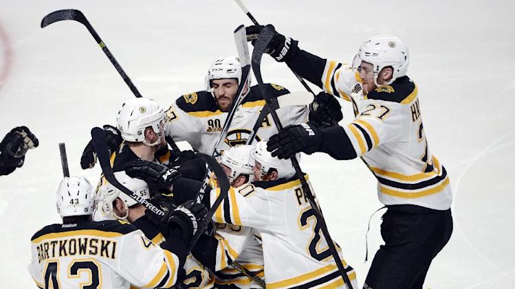 Matt Fraser's scores OT winner for Bruins in Stanley Cup Playof…
