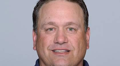 Chargers retain Pagano as defensive coordinator