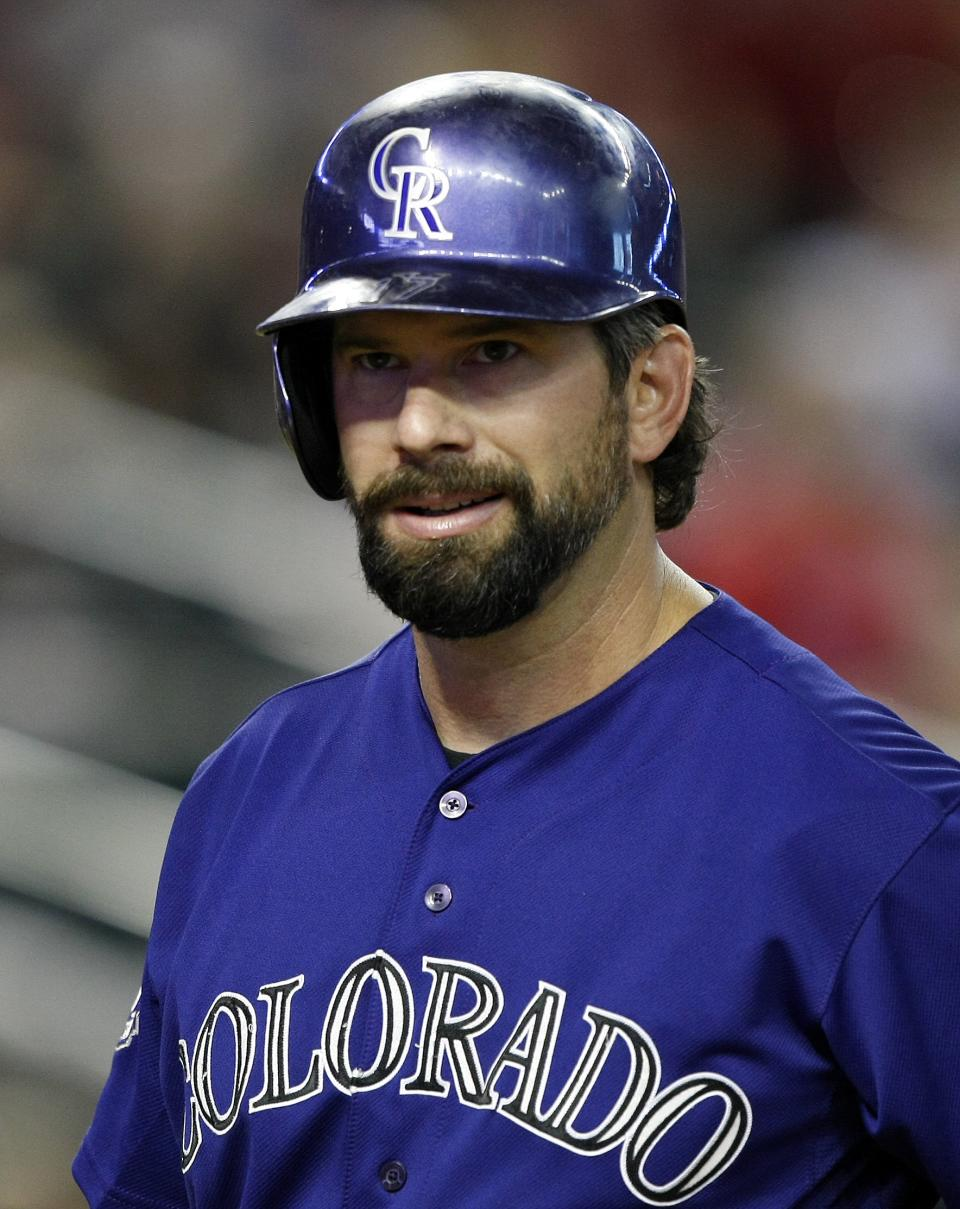 Helton to retire after 17 years with Rockies