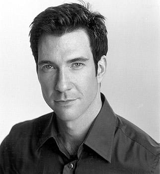 Dylan McDermott as Charles Newman in Warner Brothers' Three To Tango