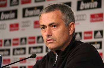 Mourinho delighted to sign new deal with Real Madrid