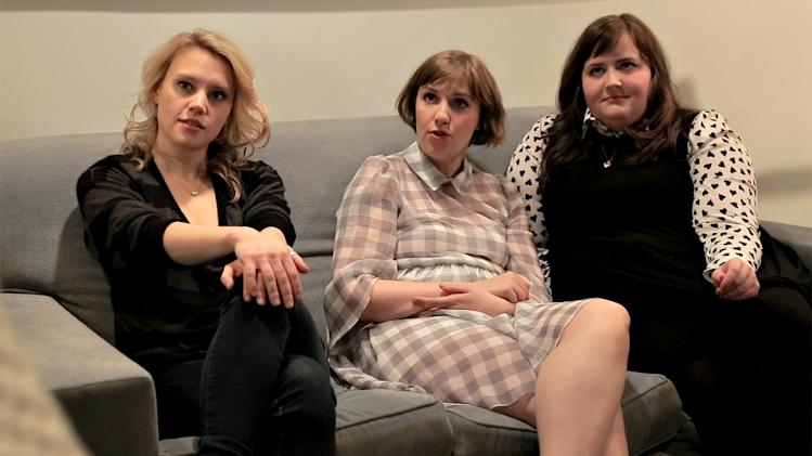 SNL Web Exclusive: Backstage with Lena Dunham