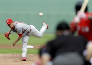 Garcia returns, Cardinals beat Red Sox 15-4
