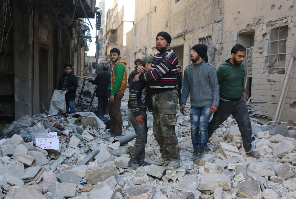 Syria rebels squeezed on multiple fronts