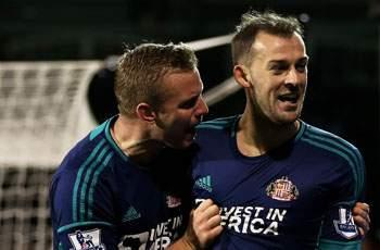 Fulham 1-3 Sunderland: Fletcher and Sessegnon fire down 10-man Cottagers