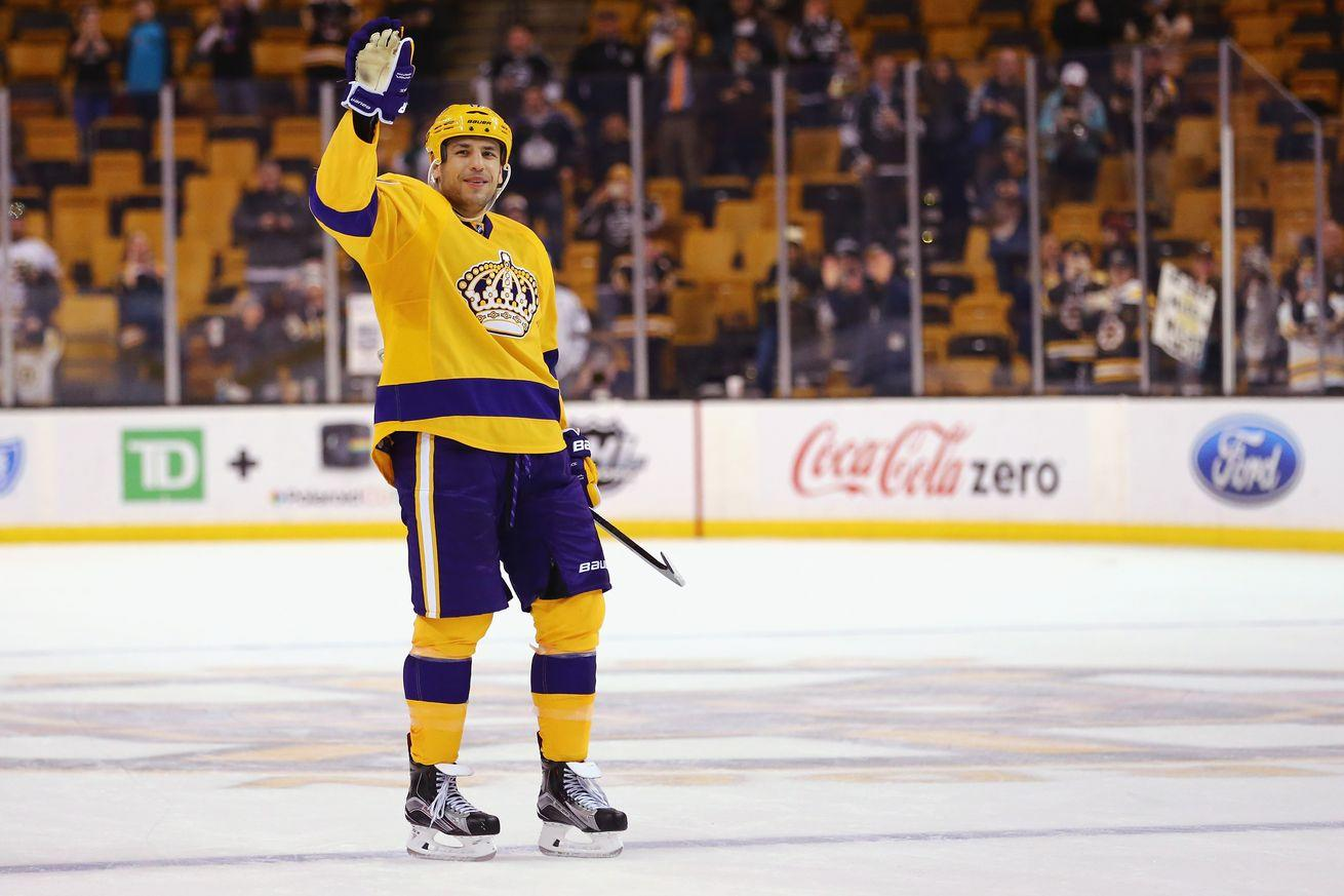 NHL scores 2016: Milan Lucic thanked Bruins fans by routing them with the Kings