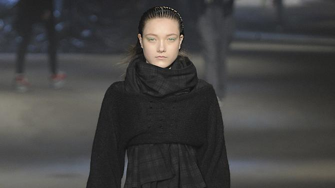 Y-3 - Runway RTW - Fall 2013 - New York Fashion Week