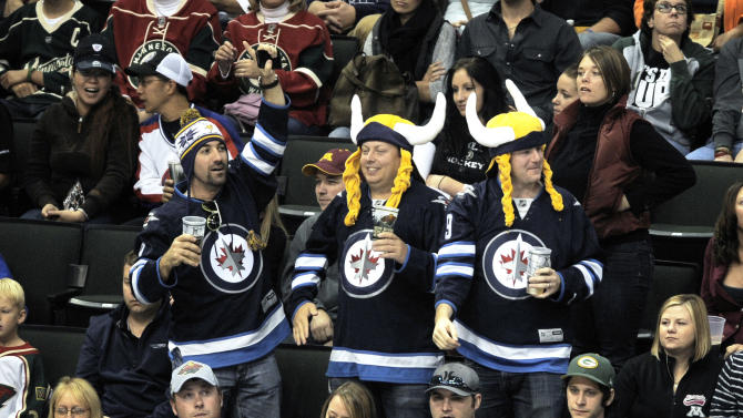 Optimistic Noel, Jets head to Western Conference