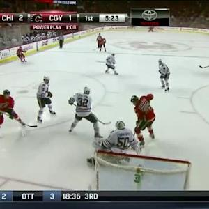 Dennis Wideman Goal on Corey Crawford (14:38/1st)