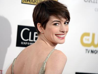 Stars Reveal Oscar Joy on Critics' Choice Carpet