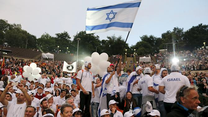 Athletes of the Israeli team arrive for the opening ceremony of the 14th European Maccabi Games in Berlin